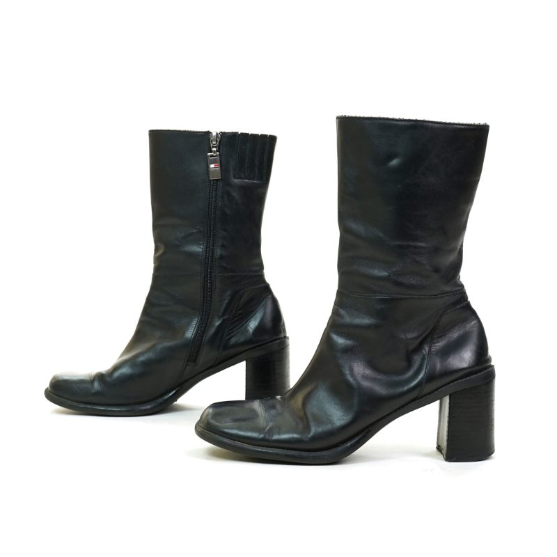Vintage 90s Black Leather Ankle Boots with Chunky Block Heels by Tommy Hilfiger