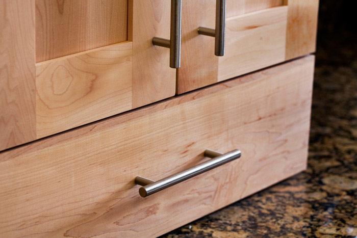 Top Knobs Decorative Hardware M430  European Bar Pulls