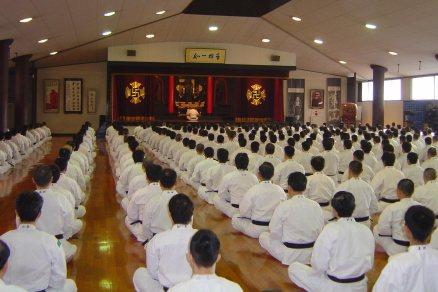 Прекрасная лекция Судзуки сэнсэя об основах философии