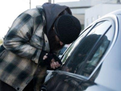 ضبط تشكيل عصابي تخصص في سرقة السيارات بالبحيرة