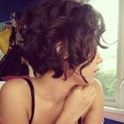 beautiful short curly hairstyles