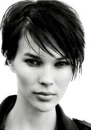pics of trendy short haircuts