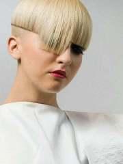straight hairstyles short