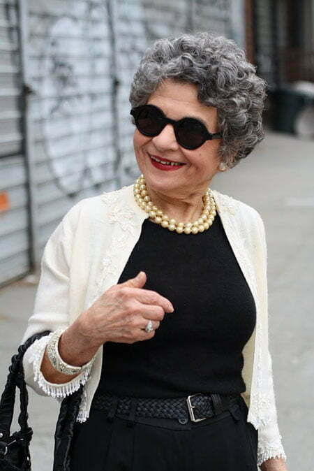 25 Chic Short Hairstyles For Older Women Short