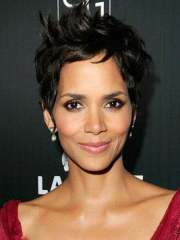short celebrity hairstyles 2013