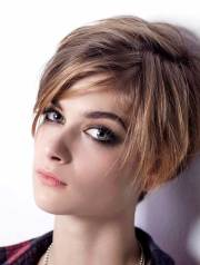 womens short hairstyles thin