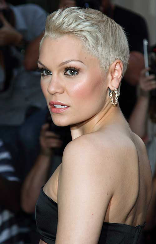 25 Pictures Of Pixie Haircuts Short Hairstyles 2017