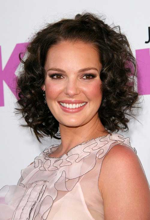 Short Hairstyles For Curly Frizzy Hair Short Hairstyles 2016