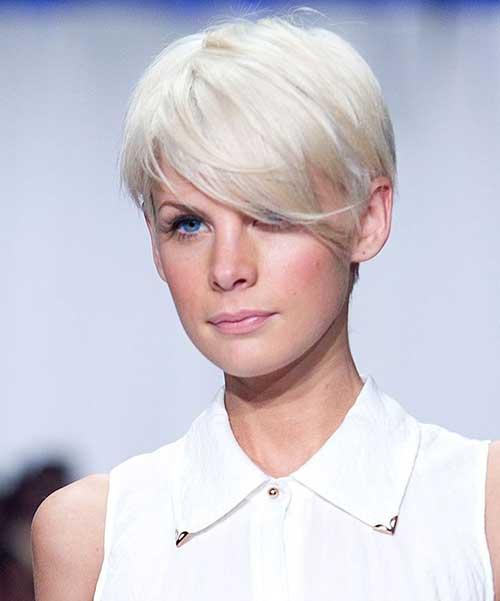 30 Bleach Blonde Medium Hairstyles Hairstyles Ideas Walk The Falls