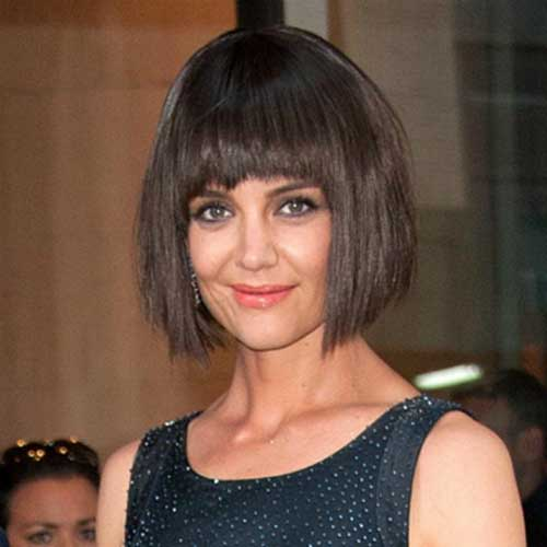 Katie Holmes Shaggy Bob Haircut With Bangs For Met Gala