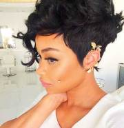 pixie cut black women