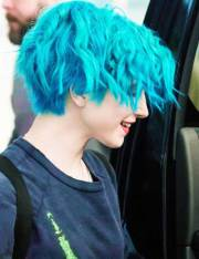blue pixie cut short hairstyles