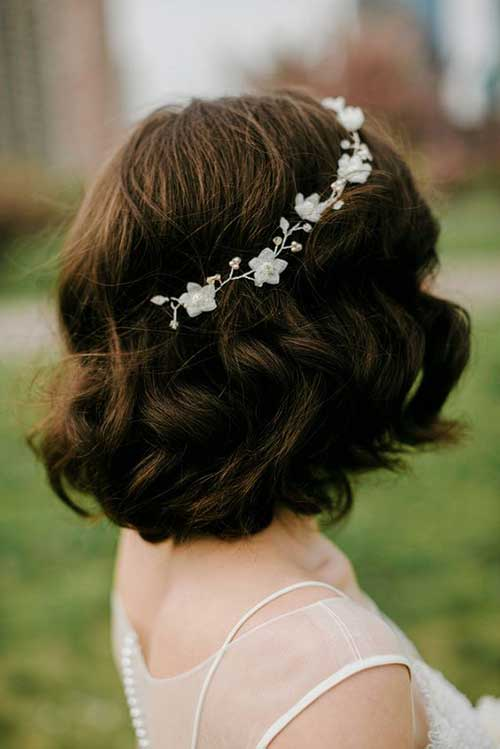 Get Ready with Your Short Hair for Wedding