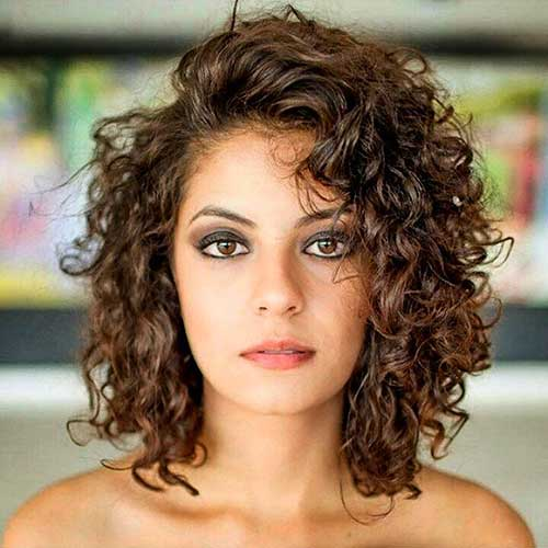 Fantastic Short Curly  Wavy Hairstyles for Stylish Ladies