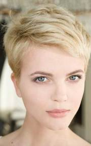 pixie cut styles short
