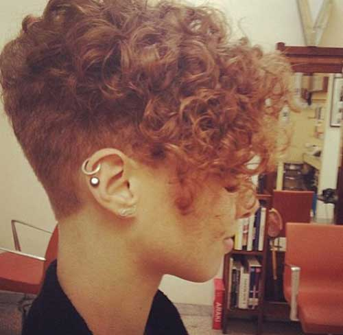 22 Curly Short Hairstyles You Will Absolutely Love
