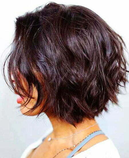 20 of The Best & Timeless Layered Bob Hairstyles