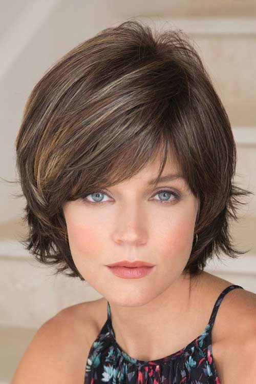 flattering layered short haircuts