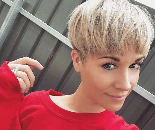 13. Blonde Wedge Pixie