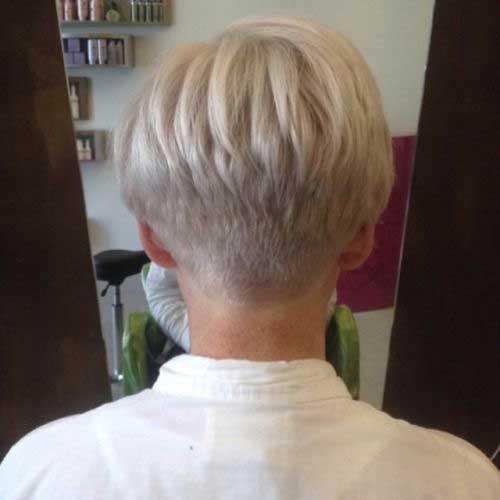 17. Back of Short Wedge Hair