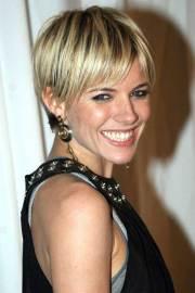 sienna miller staight short hairstyle