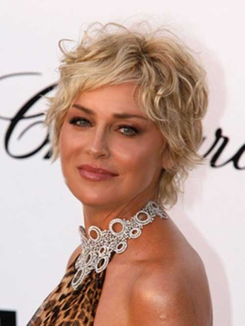 20 Short Hairstyles For Wavy Hair Crazyforus