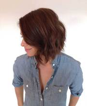 thick brown bobs short