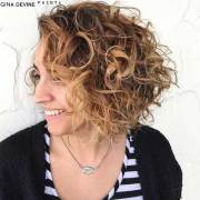stylish curly hairstyles short