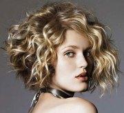 short curly haircuts fat
