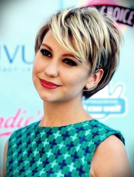 curly-short-hairstyles-round-faces3