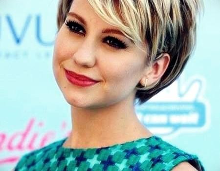 25 Trend Curly Short Hairstyles for Round Faces - curly short hairstyles round faces3