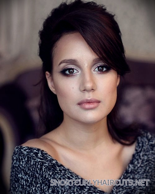 curly-short-hairstyles-square-faces-10