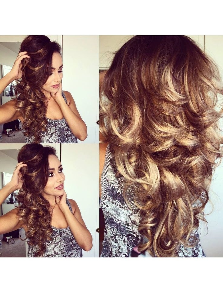 How to Make Luxurious Curls for Long Hair at Home?