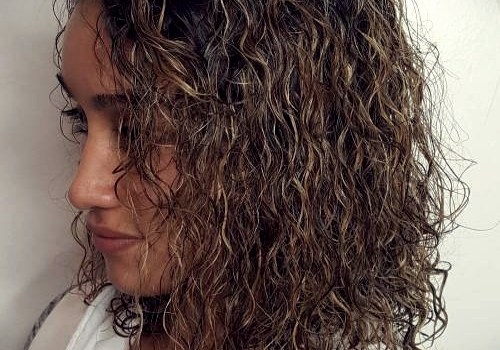 35+ Best Hairdos for Curly Hair - hairdos for curly hair 16