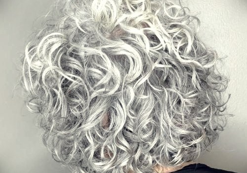 35+ Best Hairdos for Curly Hair - hairdos for curly hair 21