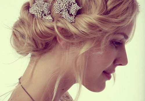 Short Curly Hairstyles for a Wedding - short curly hairstyles wedding 1