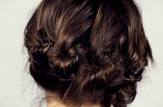 Short Curly Hairstyles for a Wedding - short curly hairstyles wedding 14