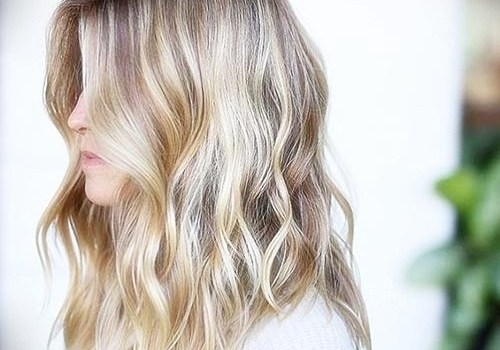 +25 Best Short Hairstyles for Thick Wavy Hair - short hairstyles for thick wavy hair24