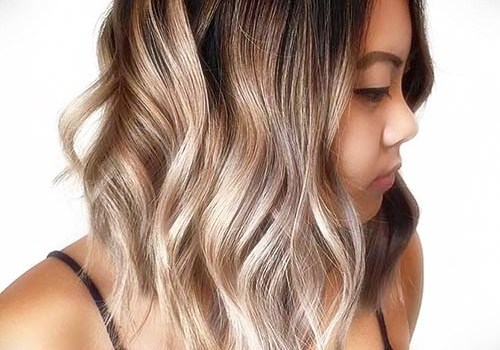 +25 Best Short Hairstyles for Thick Wavy Hair - short hairstyles for thick wavy hair8