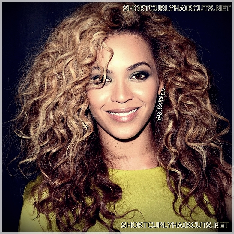 Best Haircuts For Women With Curly Hair Short And Curly Haircuts