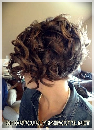 best-hairstyle-with-curls-14