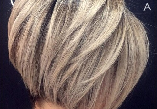 6 Alluring Short Haircuts For Thick Hair - short haircuts for thick hair 15