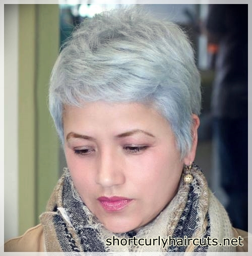 pixie haircuts for round faces 12 - Best Pixie Haircuts for Round Faces