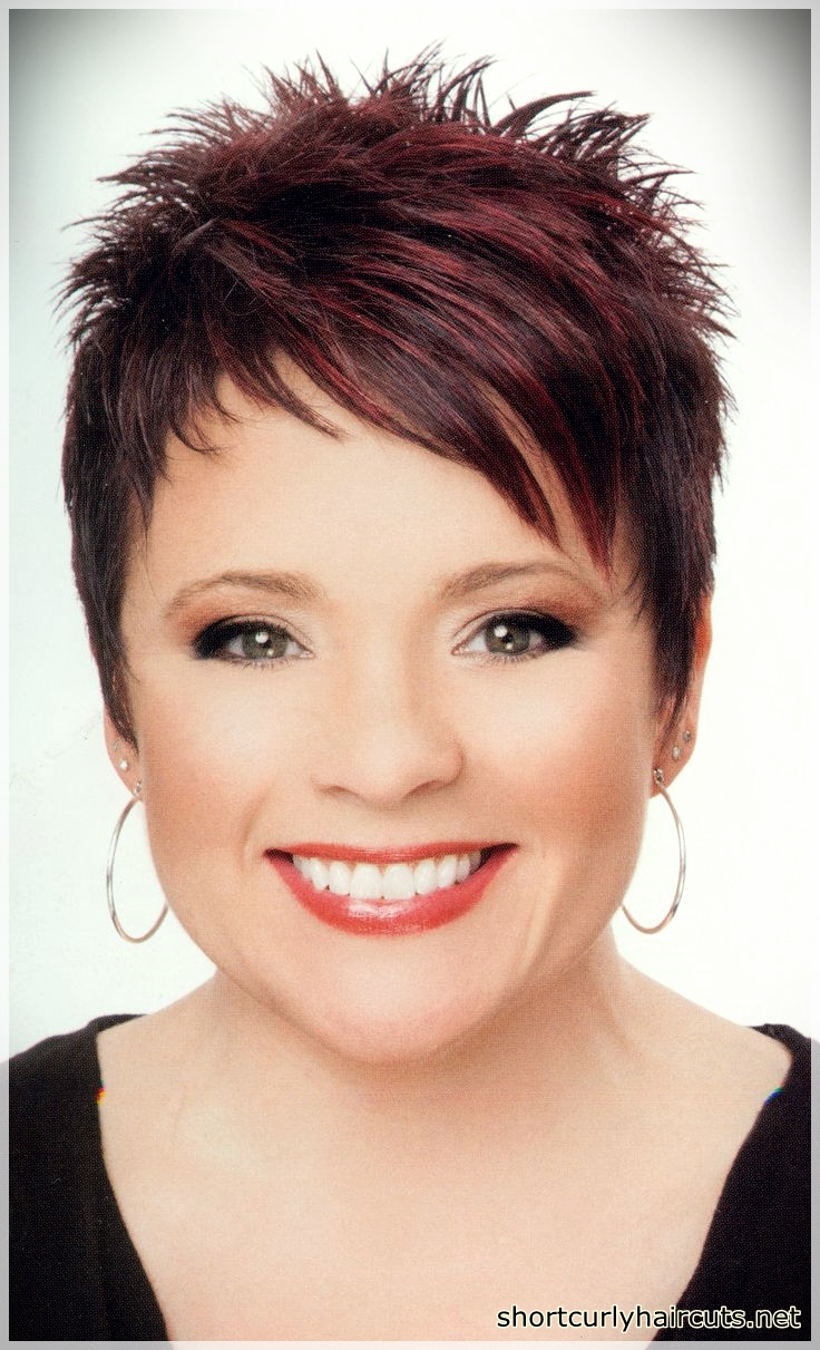Pixie Haircuts For Round Faces 18 Short And Curly Haircuts