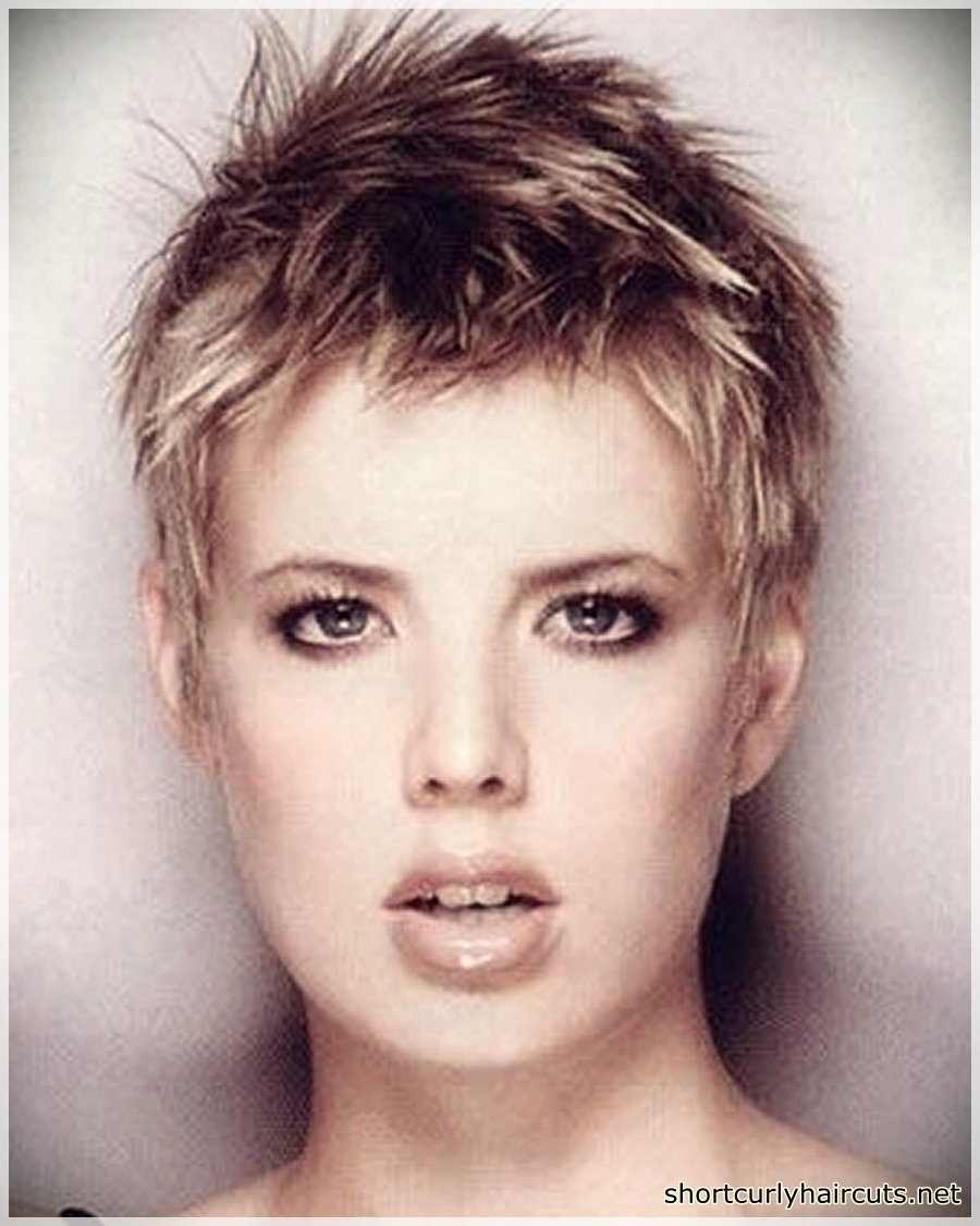 pixie haircuts for round faces 3 - Best Pixie Haircuts for Round Faces