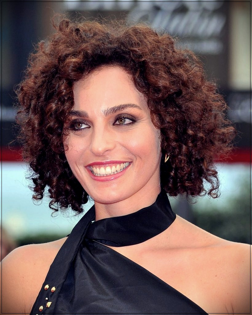 layered curly hair ideas for 2018 9 - You will not find these layered curly hair ideas for 2018 anywhere else