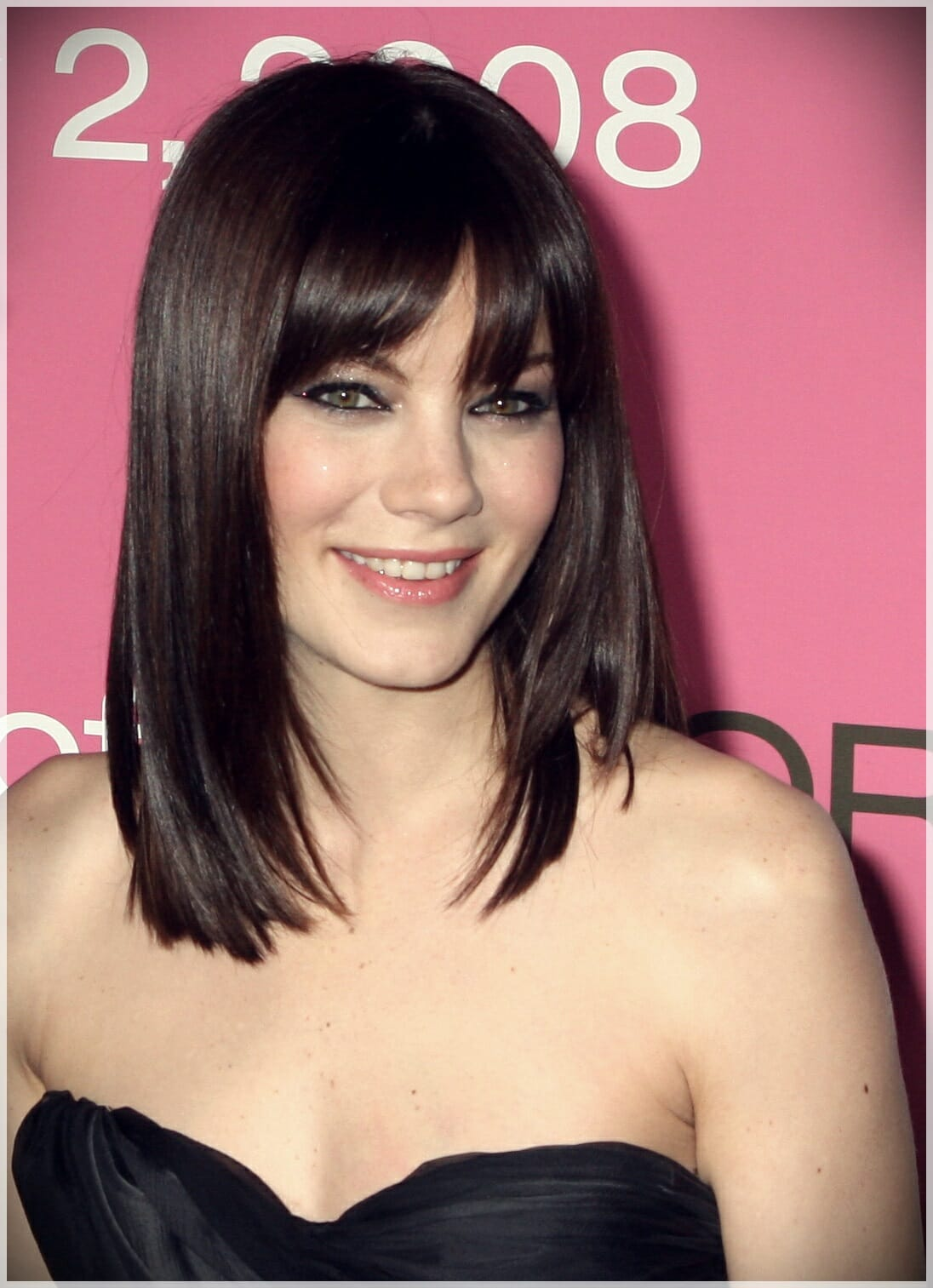 layered haircut with bangs 16 - Why getting bangs will never go out of fashion?