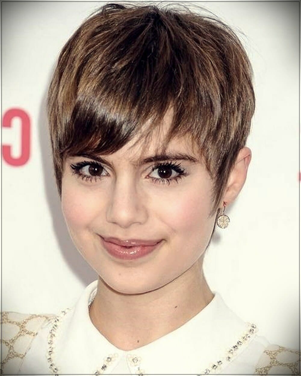 short hairstyles for round faces 11 - Correct hairstyles for your face type