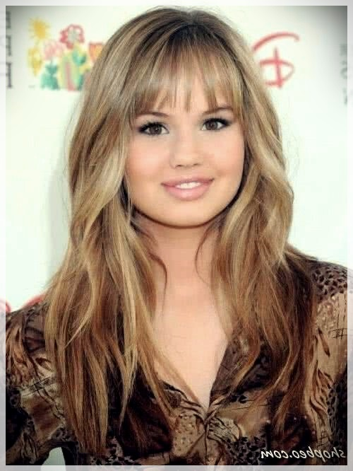 Haircuts for Round Face 2019: photos and ideas - Haircuts for Round Face 2019 39