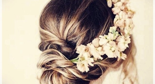 New Wedding Hairstyles for The Bride - wedding hairstyles 4